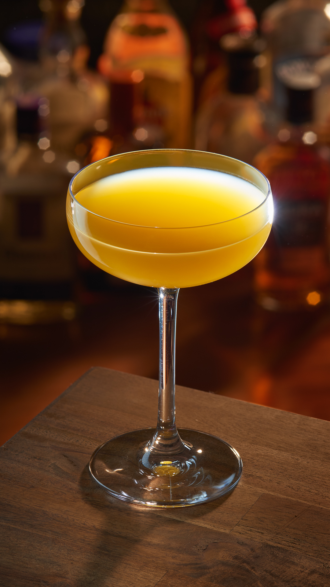 Yellow cocktail - food & beverage photography