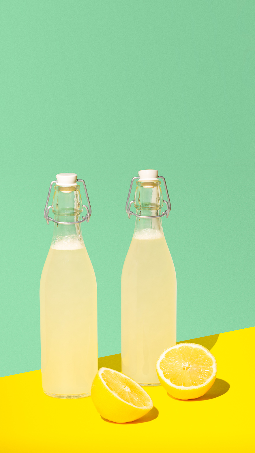 Homemade lemonade - food and beverage photography